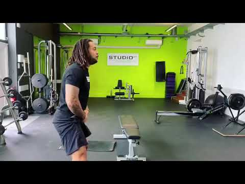 How to Activate Your Glutes with Dominant Quads